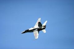 麦克当诺道格拉斯公司F/A-18大黄蜂F 18喷气式歼击机 库存图片