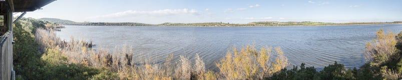 麦地那盐水湖全景,赫雷斯de la弗隆特里,卡迪士,西班牙 免版税库存照片