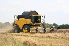 麦子收获机具-联合收割机 免版税库存图片