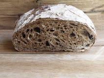 麦芽黑麦面包 免版税库存图片