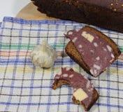 黑麦面包用香肠 免版税库存照片
