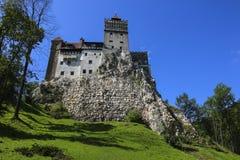 麸皮中世纪城堡,已知为德雷库拉神话  布拉索夫, 库存图片