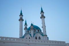 黄昏的清真寺 免版税库存照片