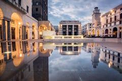 黄昏的Vittoria广场,布雷西亚,意大利 图库摄影