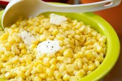 黄油玉米崩裂的熔化胡椒甜点 免版税图库摄影