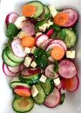 黄瓜新鲜的莴苣混合沙拉蕃茄蔬菜 鲜美和健康膳食 家做了食物 免版税库存照片