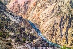 黄石的著名大峡谷在怀俄明 图库摄影