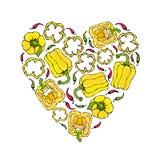 黄色喇叭花Peper心脏形状花圈 一半胡椒裁减甜辣椒粉和圆环  新鲜的成熟未加工的蔬菜诗歌选 免版税库存图片