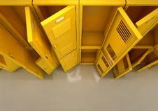 黄色学校衣物柜 库存照片
