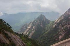 黄色山中国 库存图片