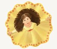 黄色礼服的跳舞的少妇 免版税库存照片