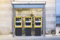 黄色票机器在伊斯坦布尔 库存照片