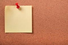 黄色稠粘的岗位笔记别住了黄柏板拷贝空间 库存图片
