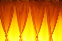 黄色窗帘   免版税库存照片