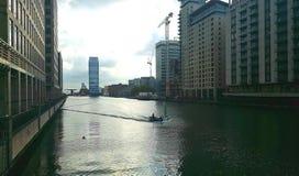 黄雀色伦敦码头 库存图片