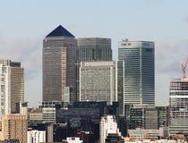 黄雀色码头地平线在伦敦 库存图片