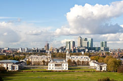黄雀色英国格林威治伦敦办公室码头 图库摄影
