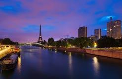 黎明在巴黎 图库摄影