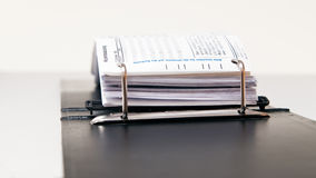 黏合剂文件夹办公室 免版税库存照片