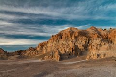 黏土形成的美丽的景色在大教堂峡谷国家公园的在春天 免版税库存照片