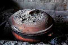 黏土煎锅 库存图片