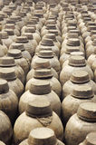 黏土瓶子 免版税库存图片