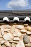 黏土韩国石瓦片墙壁 免版税库存图片