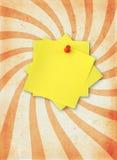 黏着性附注页纸张 免版税库存图片