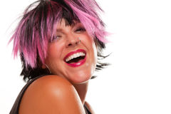 黑人女孩头发的笑的桃红色纵向 免版税图库摄影