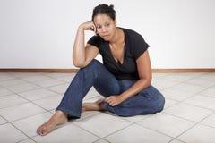 黑人沮丧的妇女 库存照片