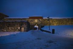 黑暗和寒冷在fredriksten堡垒(大门) 库存照片