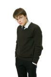 黑暗的办公室毛线衣工作者年轻人 免版税图库摄影