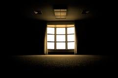 黑暗的大空间视窗 免版税库存照片
