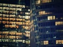 黑暗的摩天大楼 免版税库存照片