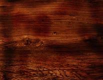 黑暗的木头 免版税库存照片