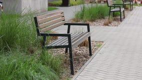 黑木和金属长凳 影视素材