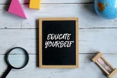 黑板写与受教育 免版税库存照片