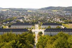 黑梅尔, Sauerland,北部莱茵河西华里亚,德国- 2013年8月16日:在夏天期间,在黑梅尔市的全景 免版税库存图片
