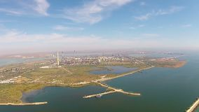 黑海海岸的炼油厂,鸟瞰图 影视素材
