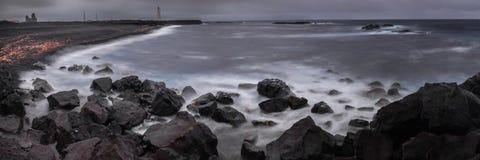 黑海滩 免版税库存照片