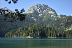 黑湖和Medjed峰顶 库存图片