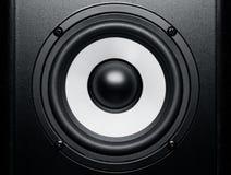 黑白扩音器音乐声音,关闭 免版税库存照片