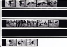 黑白照片小条妇女芭蕾跳舞/做准备 库存照片