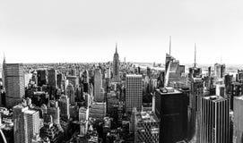 黑白纽约地平线全景 库存照片