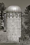 黑白老梯级的筒仓 免版税库存图片