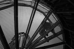 黑白螺旋形楼梯 免版税库存图片