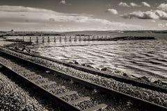 黑白铁路轨道 库存照片
