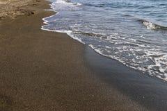 黑磁性沙子海滩黑海 免版税库存图片