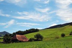 黑色农厂森林房子 免版税图库摄影