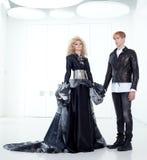 黑色减速火箭夫妇女装设计未来派的haute 免版税图库摄影